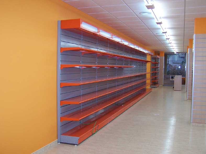 Fabricacion mobiliario comercial  montaje integral