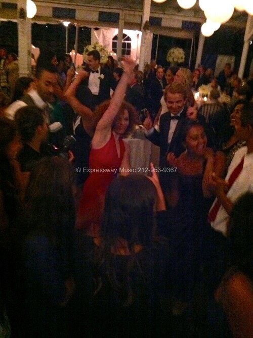 Larchmont Yacht Club NY dancing at wedding