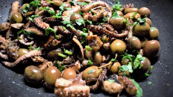 polpo con olive