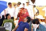 Vijay and Asin Thottumkal at Kavalkaran On Location (1)