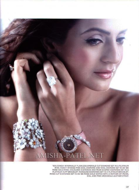 Amisha-Patel-on-LOfficiel-Magazine-1.jpg