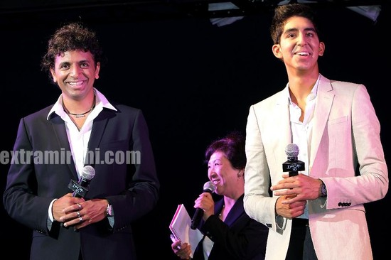 Dev-Patel-Director-Shyamalan-at-the-The-Last-Airbender-Tokyo-Premiere.jpg