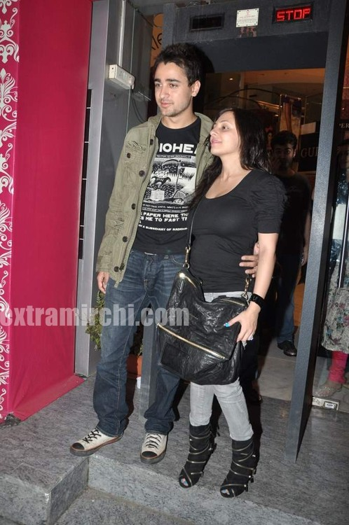 Imran-Khan-and-girlfriend-Avantika-Malik-1.jpg