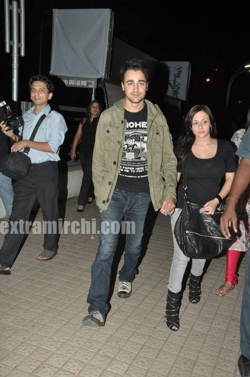 Imran-Khan-and-girlfriend-Avantika-Malik-3.jpg
