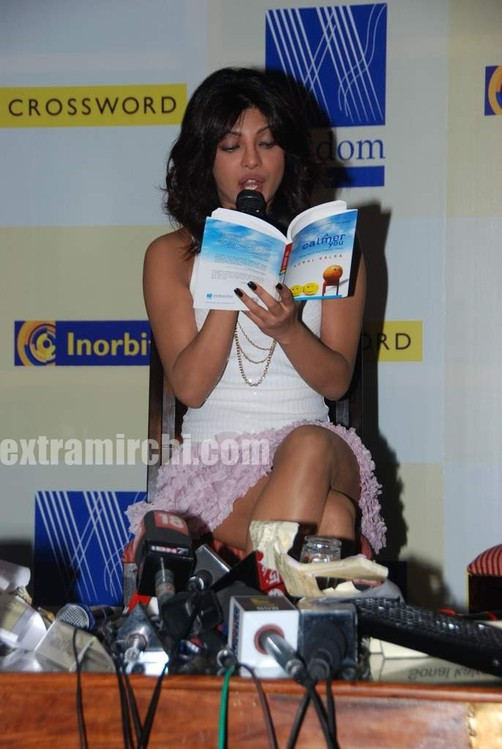 Priyanka-Chopra-launches-Sonal-Kalras-a-calmer-you-10.jpg