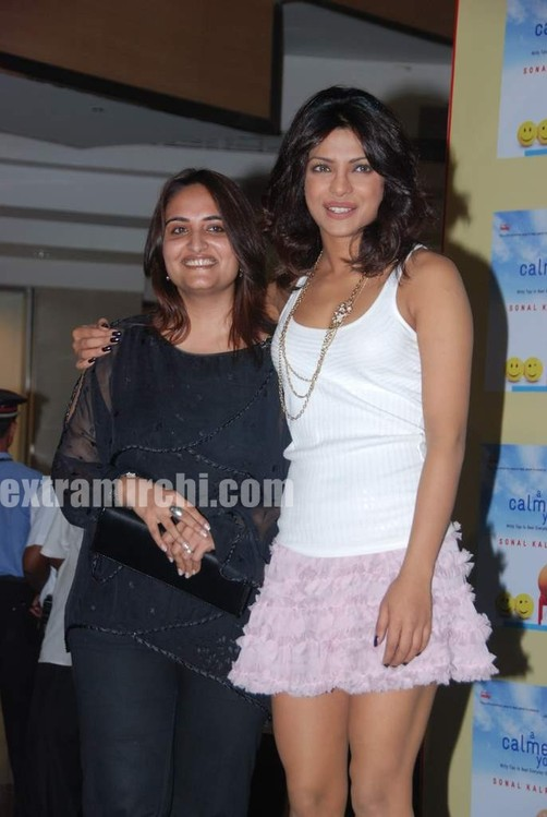 Priyanka-Chopra-launches-Sonal-Kalras-a-calmer-you-6.jpg