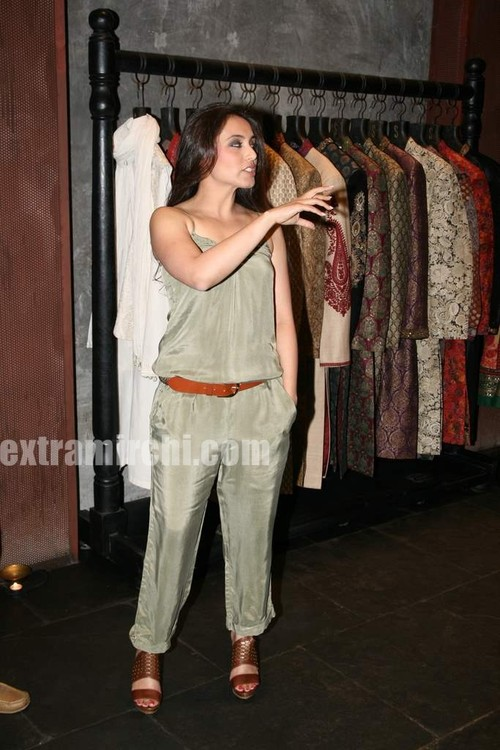 Rani-Mukerji-at-Sabyasachi-Store-Launch-2.jpg