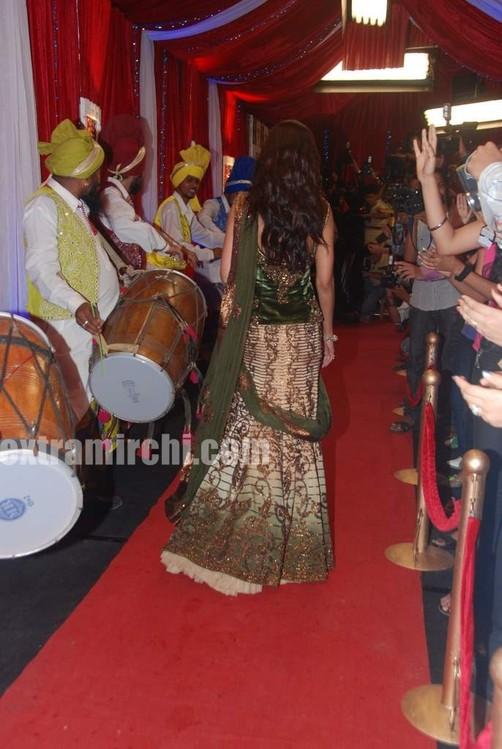 Shilpa-shetty-at-grand-finale-of-Zara-Nachke-Dikha-5.jpg