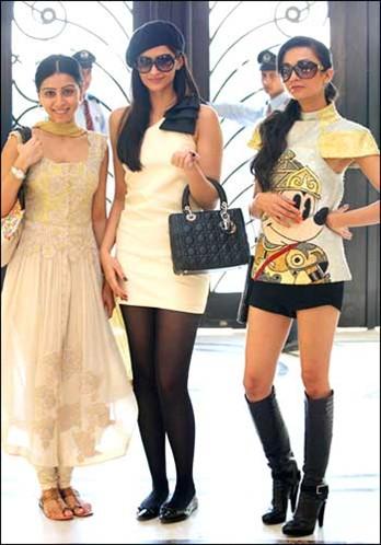 Sonam-Kapoor-in-Aisha-Pictures-3.jpg