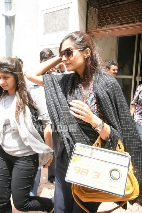 beautiful-Sonam-at-Radio-Mirchi-at-Lower-Parel-1.jpg