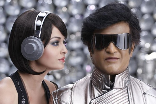 Rajinikanth-and-Aishwarya-Rai-in-Endhiran-4.jpg