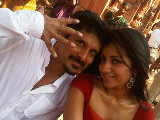 Trisha-and-Vikram-3-Roses-Shooting-Picture.jpg