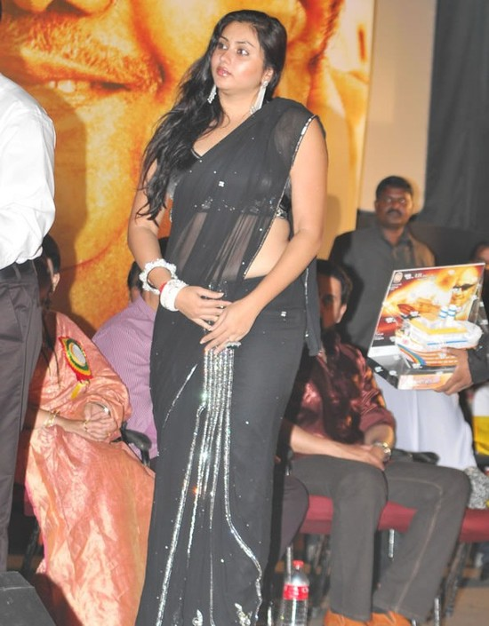 Namitha-in-Black-saree-4.jpg