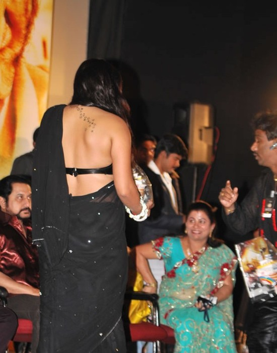 Namitha-tattoo-on-back-picture.jpg