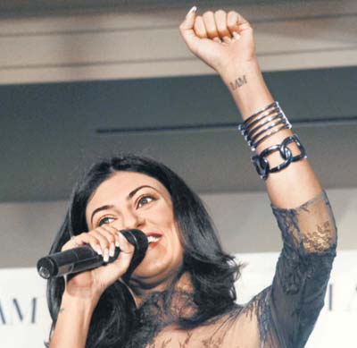 Sushmita-Sen-left-wrist-tattoo.jpg
