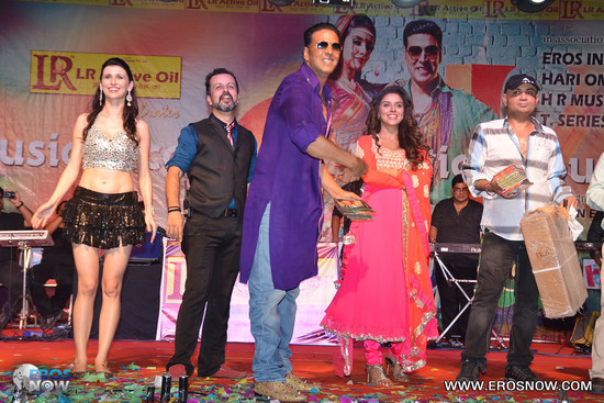 Asin-in-Khiladi-786_event-10.jpg