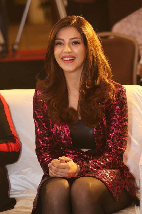 Actress-Mehreen-Pirzada-Photos-7.jpg