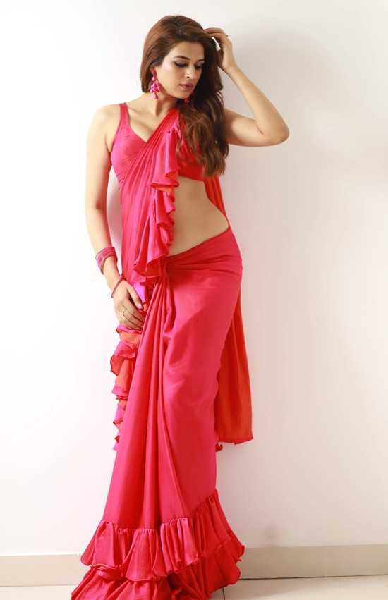 Shraddha-Das-Saree-Photos-5.jpeg