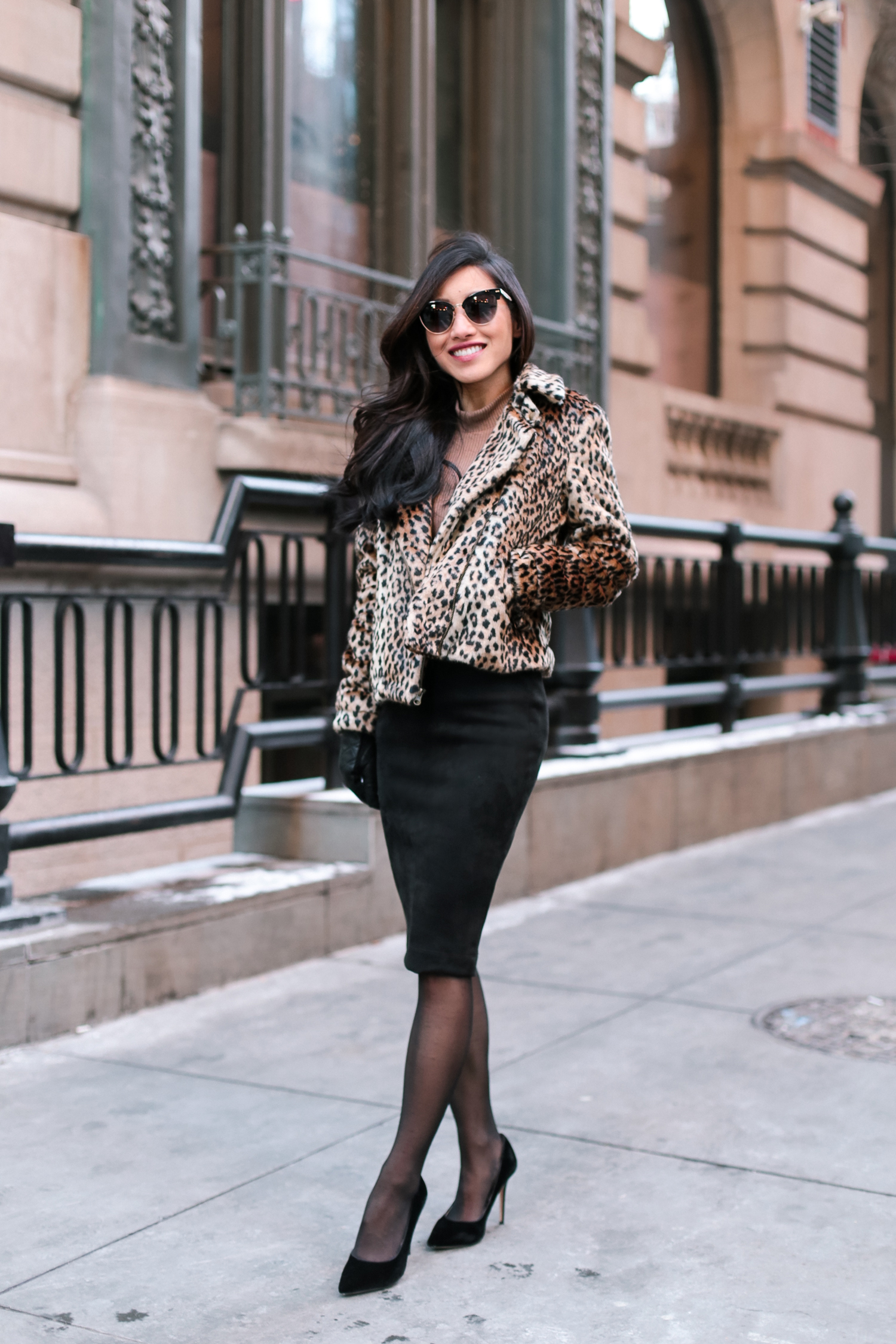 Leopard faux fur jacket quilted leather gloves