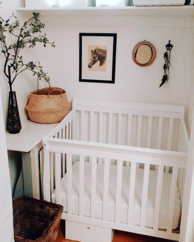 Baby nursery in closet. Photo by Instagram user @emmeesau