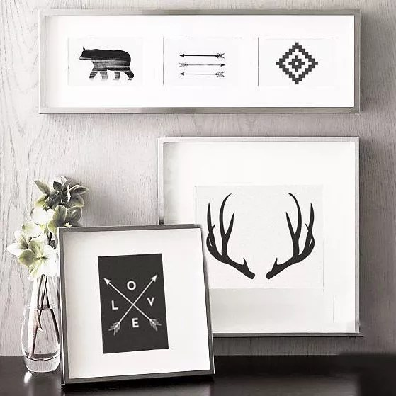 Frames with Trendy Prints. Photo by Instagram user @melindawooddesigns
