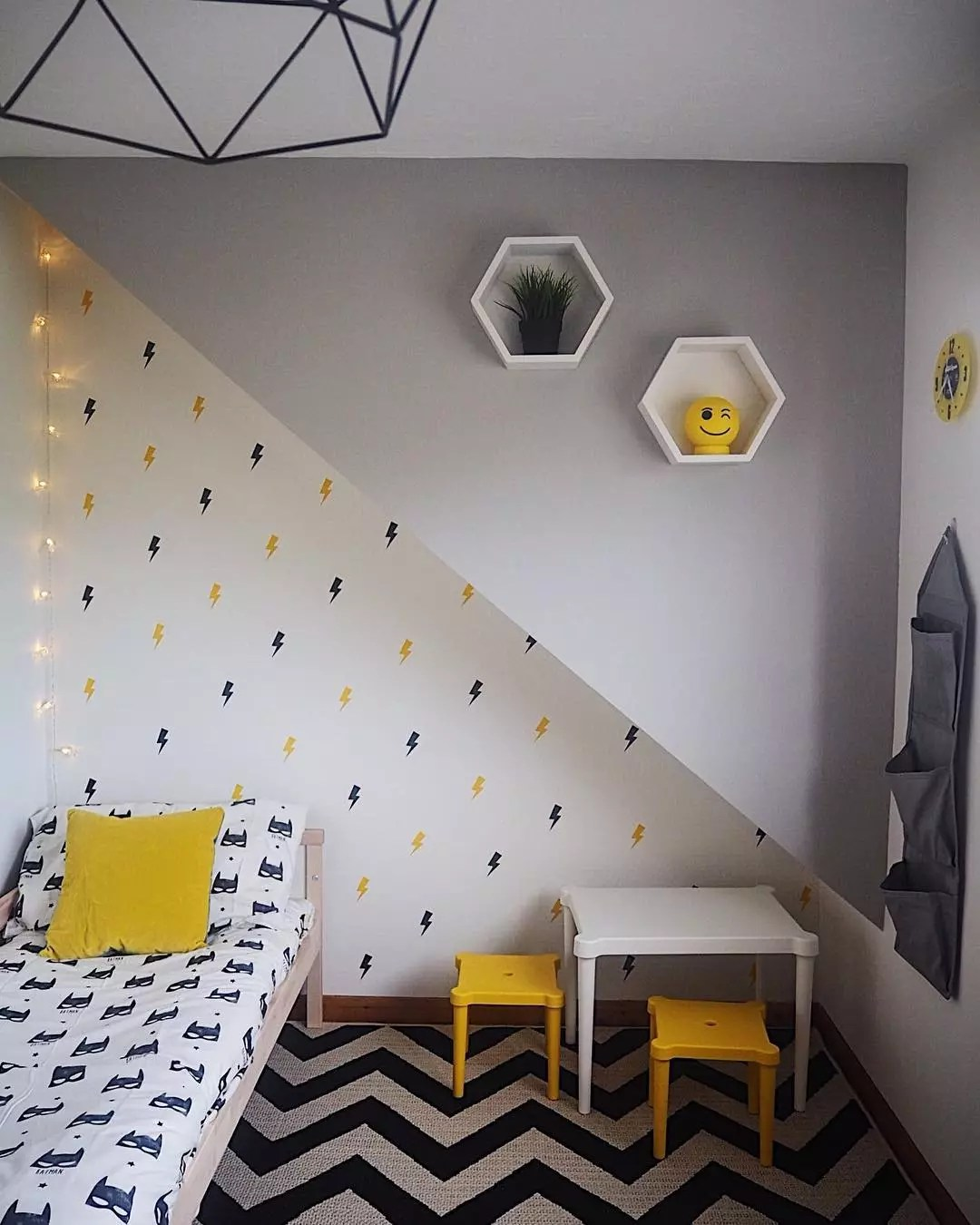 15 Small Kids Room Ideas To Maximize Space