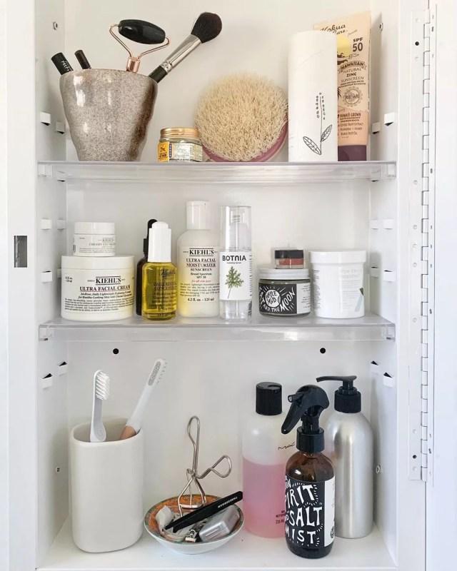 Organized Medicine Cabinet. Photo by Instagram user @babeandbungalow_