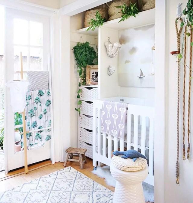 Crib set up in closet nook. Photo by Instagram user @whitneyleighmorris