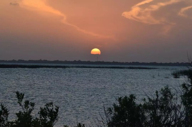 Sun Setting on Lake Okeechobee. Photo by Instagram user @monicajblount