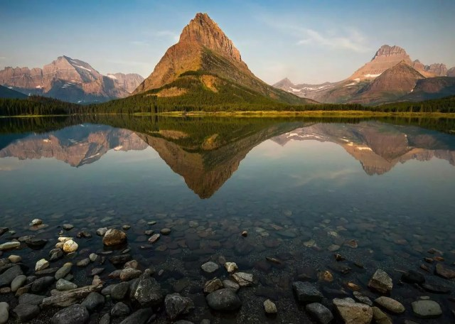 Lake and Mountains at Glacier National Park. Photo by Instagram user @nationalparkservice