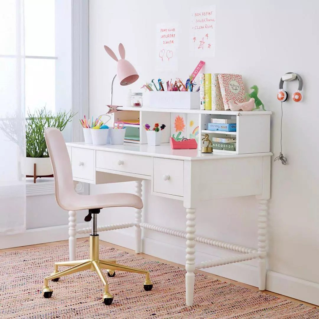 Kids desk with bunny lamp. Photo by Instagram user @colourandspice