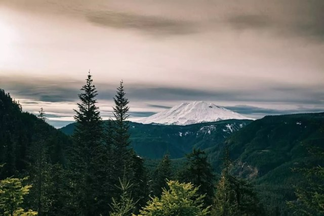 Photo of Mount St. Helens on a Cloudy Day. Photo by Instagram user @vancouver_usa
