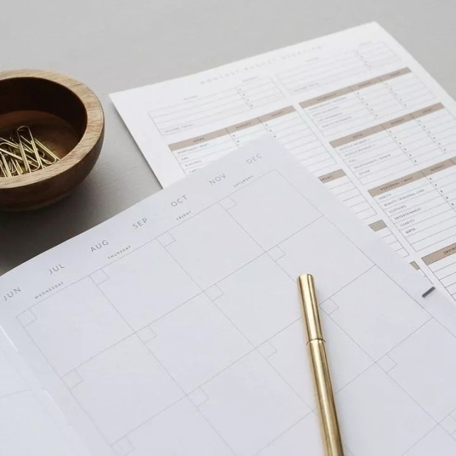 Planner Calendar and Pen on Desk. Photo by Instagram user @northfolkco