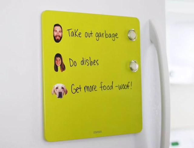 Magnet To-Do List on Fridge with Faces of Family Members Next to Tasks. Photo by Instagram user @mystickerface