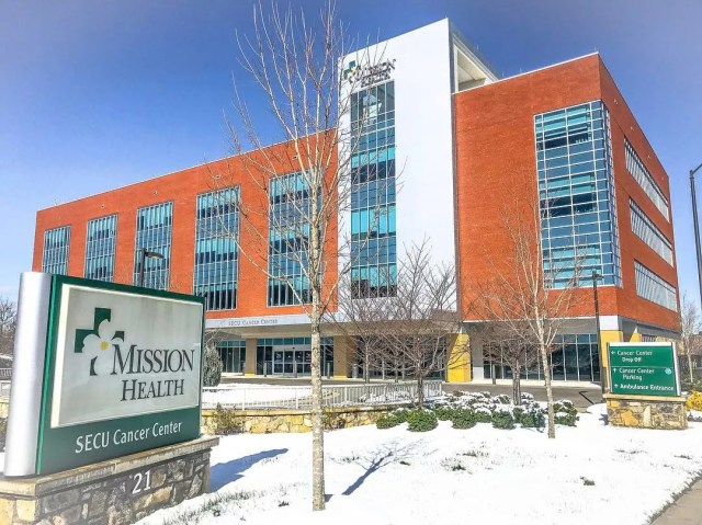 Mission Health Hospital on a snowy day in Asheville, NC. Photo by Instagram user @missionhealthnc