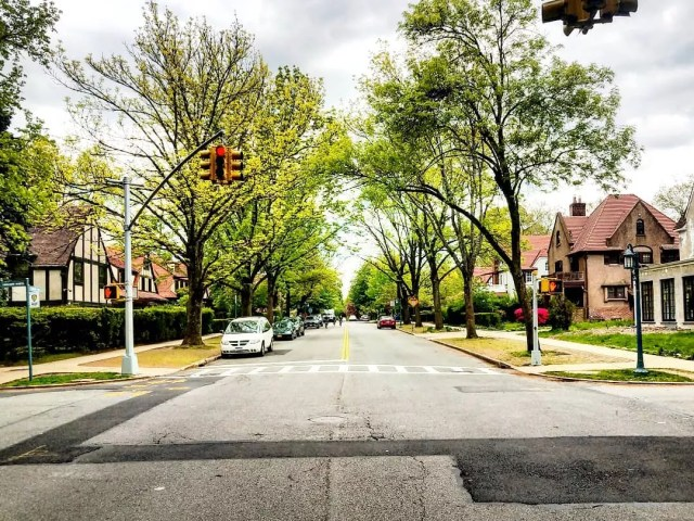 Street view of brick houses in Forest Hills in Queens. Photo by Instagram user @rochdalian