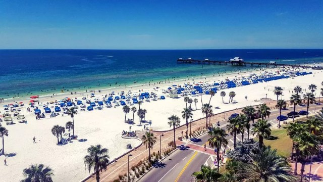 Aerial of Clearwater Beach on a sunny day. Photo by Instagram user @cytz_madisen