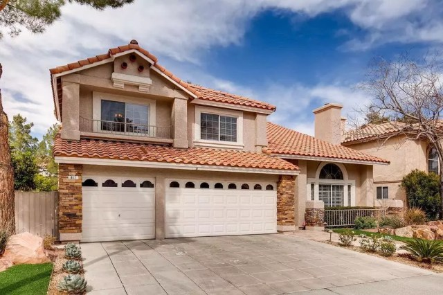 5 Best Neighborhoods Suburbs To Buy A Home In Las Vegas Extra Space Storage