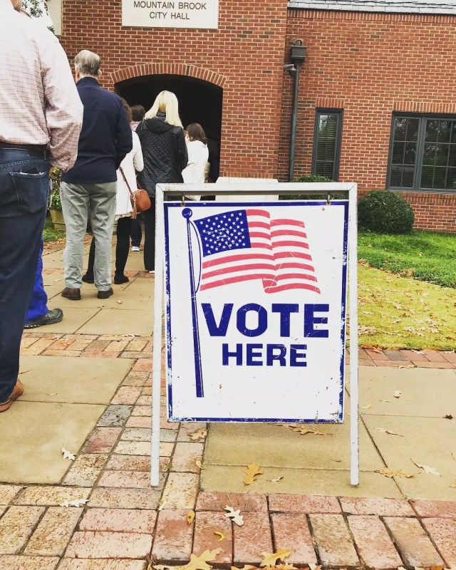 People standing in line at voting building. Photo by Instagram user @bhamnow