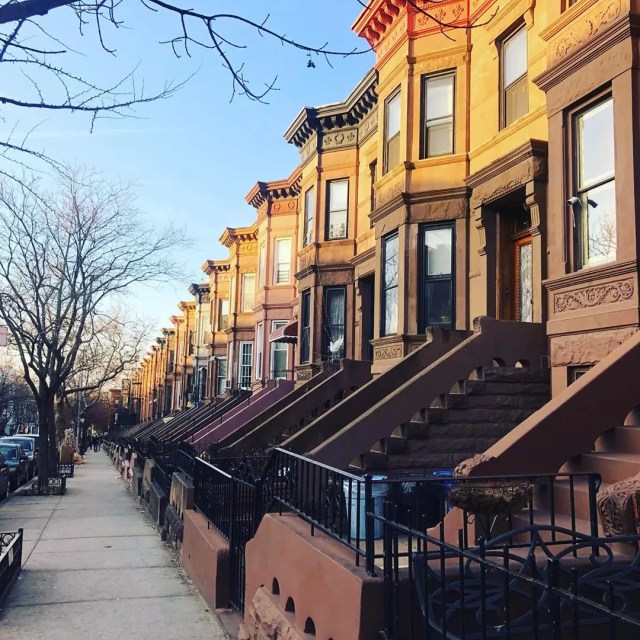 Exterior of Sunset Park Brooklyn rowhouses. Photo by Instagram user @lolitasellsny