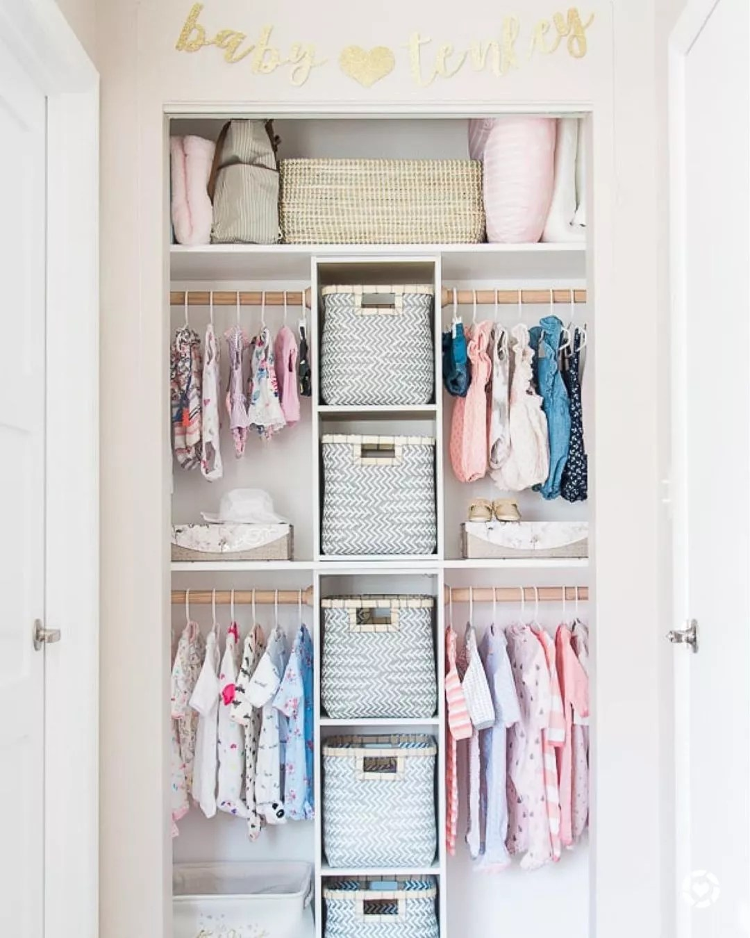 Baby closet with baskets. Photo by Instagram user @thegreenspringhome
