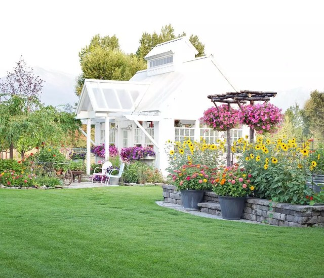 Backyard Inspiration: 14 Amazing Ideas For Your Dream Yard