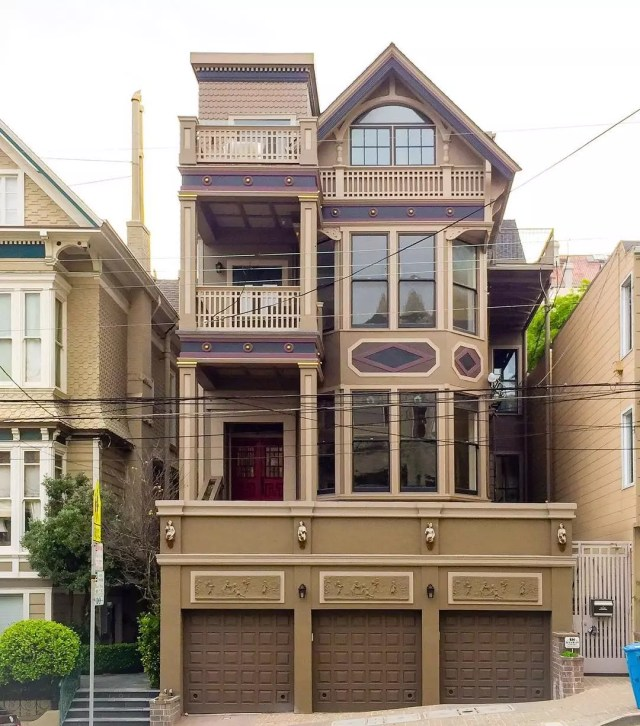 Tri-Level Stick Home in Pacific Heights, San Francisco. Photo by Instagram user @sanfranciscoexteriors