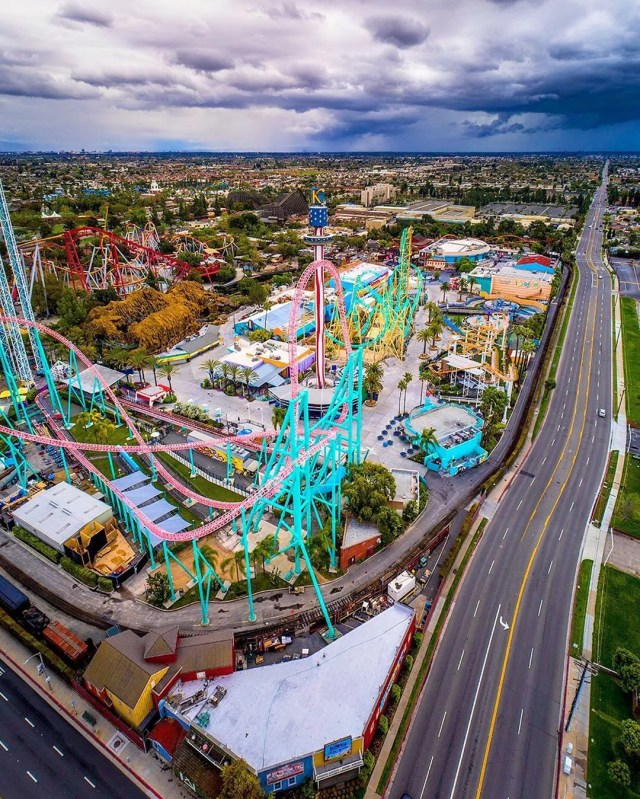 Drone Photo of Knotts Berry Farm Rollercoaster in Buena Park, Los Angeles, CA. Photo by Instagram user @svotographs