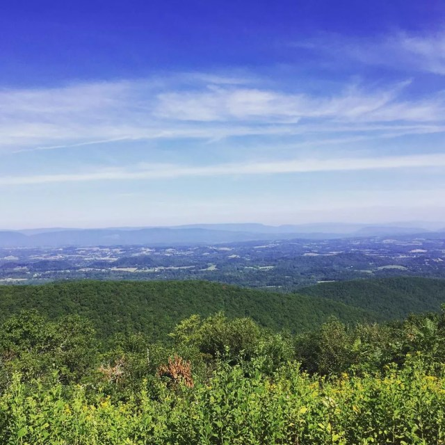 Peaks of Otter in Bedford, VA. Photo by Instagram user @erinamartell