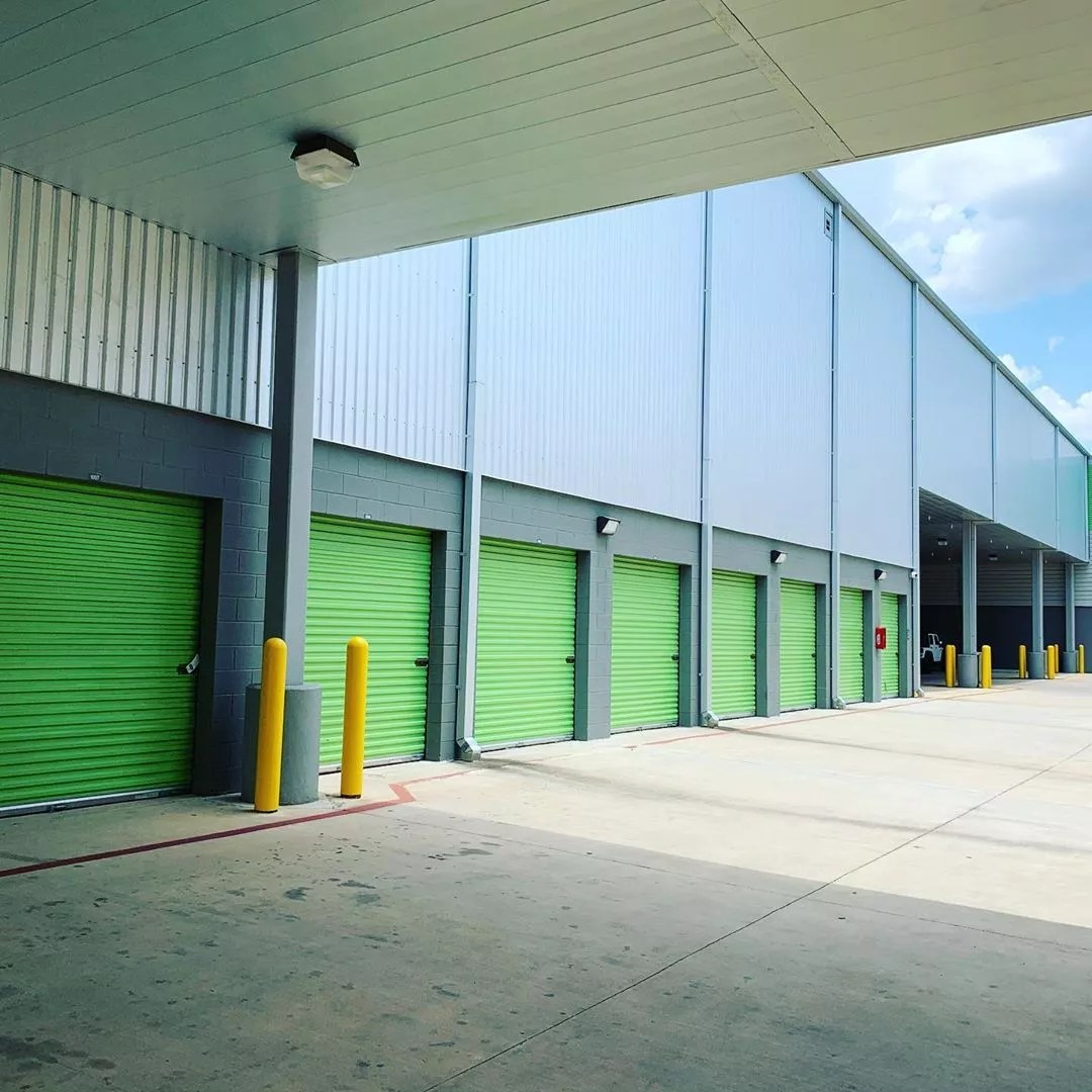Exterior of an Extra Space Storage Facility Drive Up Units. Photo by Instagram user @edgecombassociatesinc