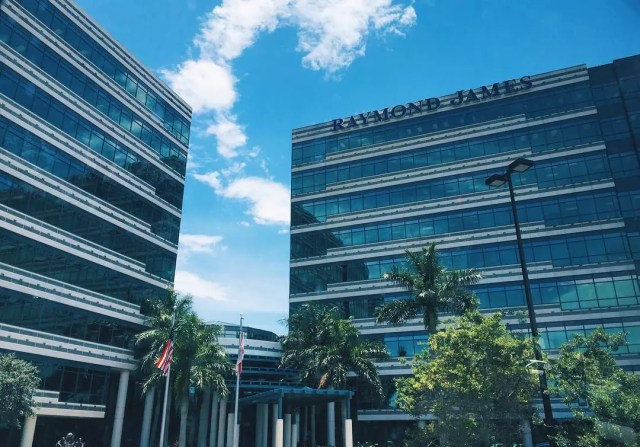 Outside View of the Raymond James Office Building. Photo by Instagram user @connor_gannucci
