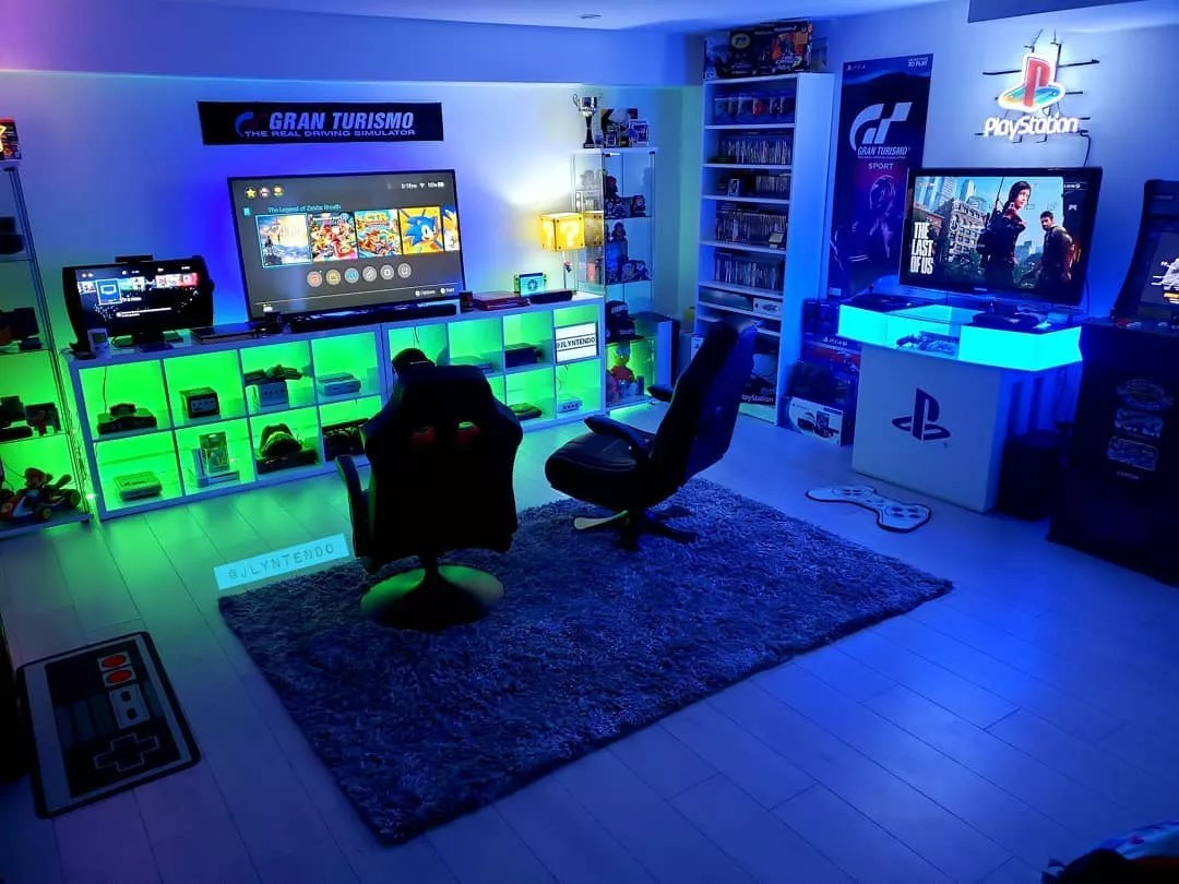 Home Gaming Room with Multiple Game Systems Set Up. Photo by Instagram user @jlyntendo