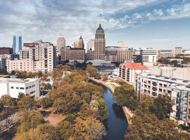 Drone photography of Downtown San Antonio. Photo by Instagram User @skylinedronetx