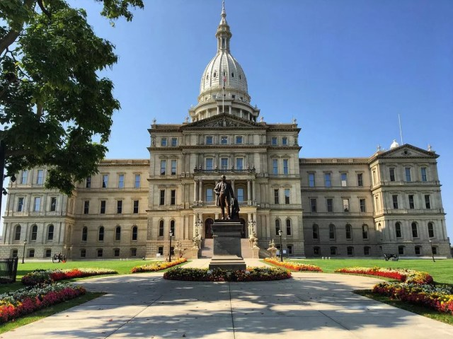 The Michigan State Capitol Building in Lansing, MI. Photo by Instagram User @skykissesearth